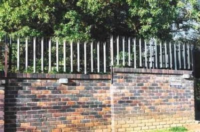 Palisade and steel fencing 001