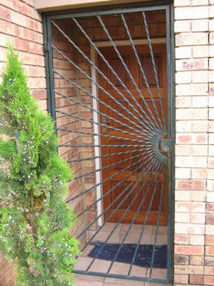 Security gates 068