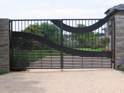 Swing driveway gates 008