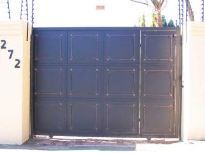 Sliding driveway gates 042