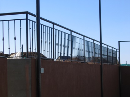 Palisade and steel fencing 011