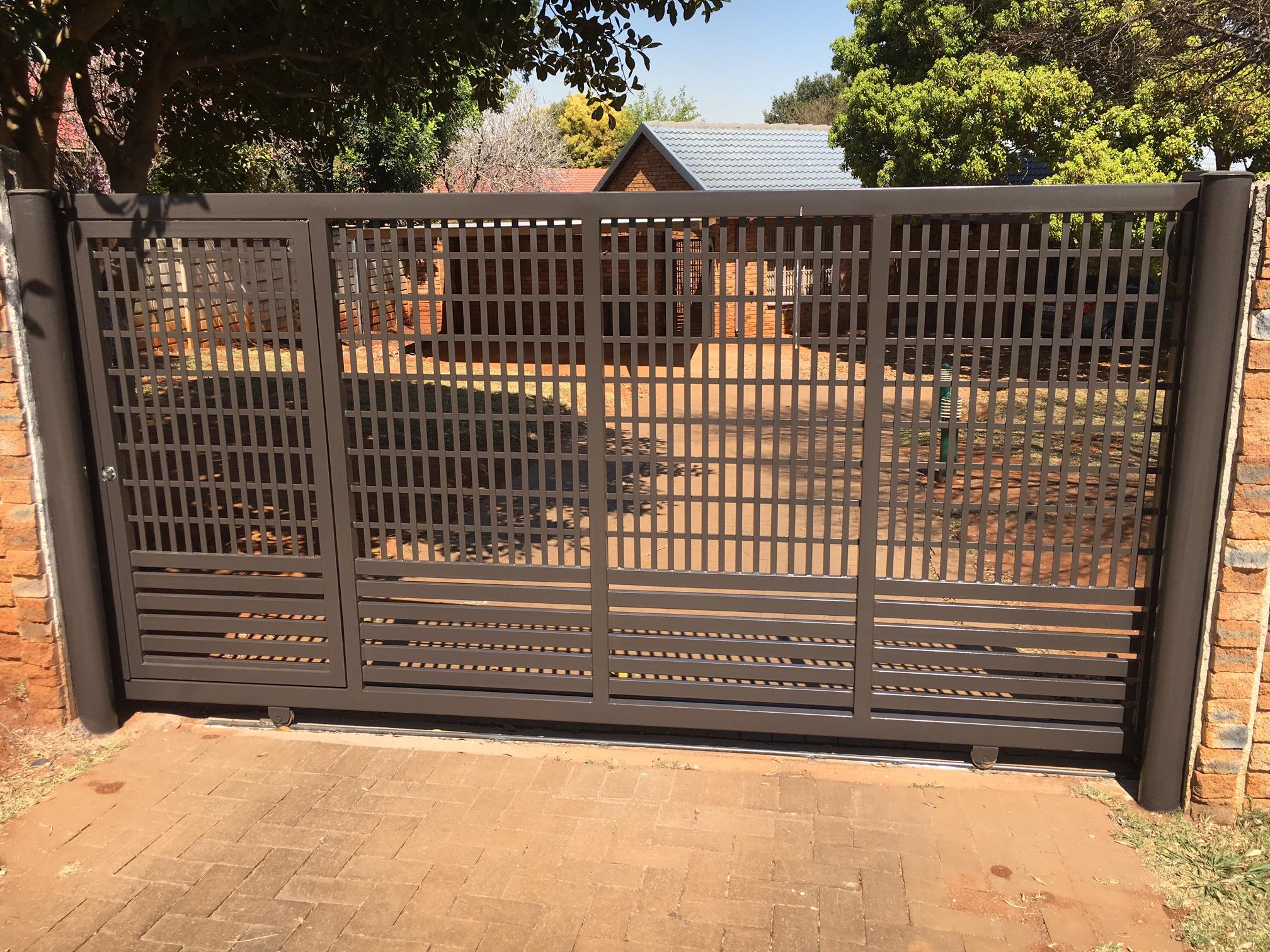 Home Design Gate Ideas: Sliding Driveway Gates 053 - Bar-One Security